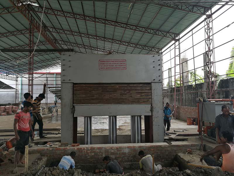 Фанерный завод основан в Бангладеш